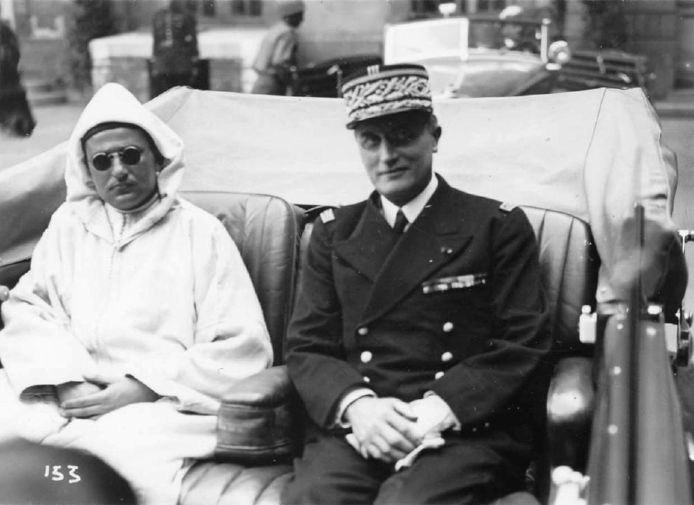 Emile Bollaert avec le sultan du Maroc Mohamed V le 21 juin 1945